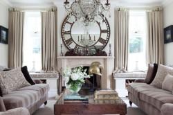 Зеркало-часы в интерьере гостиной