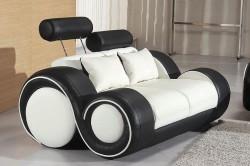 Стильный кожаный диван