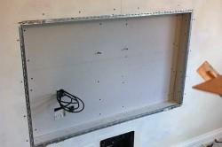 Разметка стены перед установкой телевизора