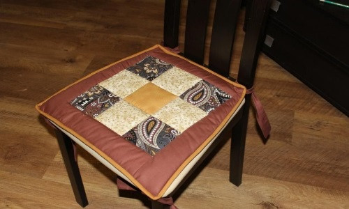 Сидушка на стул на заваязках