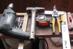 Инструменты для сборки диванных подлокотников