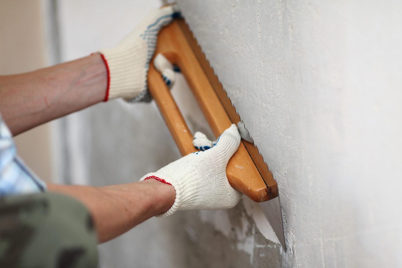 Выравнивание стен своими руками шпаклевкой