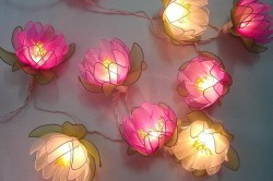 Светильники в виде роз