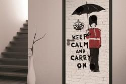 Фотообои для декорирования старых дверей