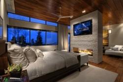 Разделение гостиной и спальни при помощи аквариума