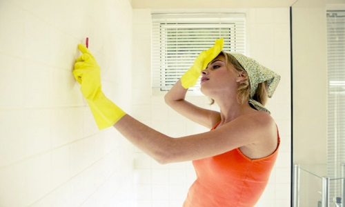 Средства против грибка на стенах в ванной
